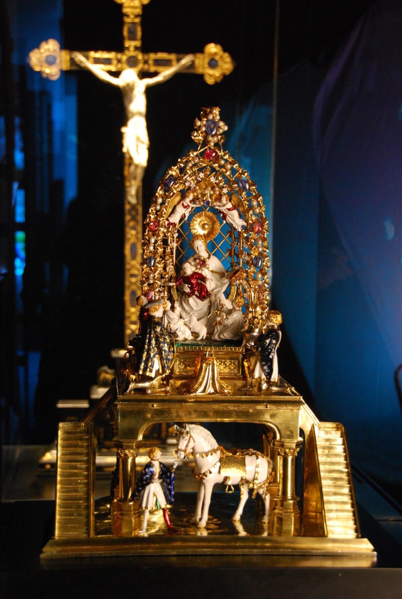 Goldenes Rößl in Neuer Schatzkammer Haus Benedikt XVI AÖ 8 5 09