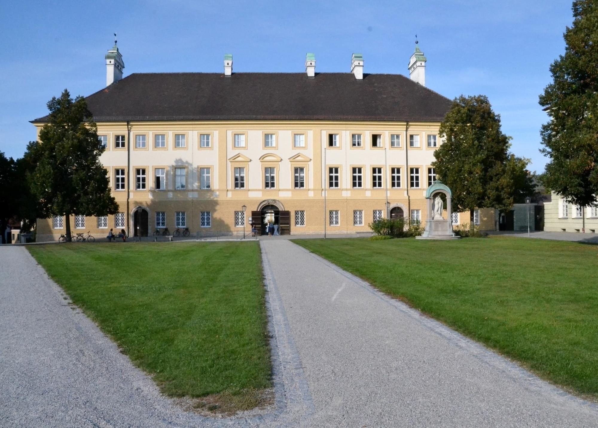 Haus Papst Benedikt XVI Neue Schatzkammer und Pfarrbüro22 09 2020