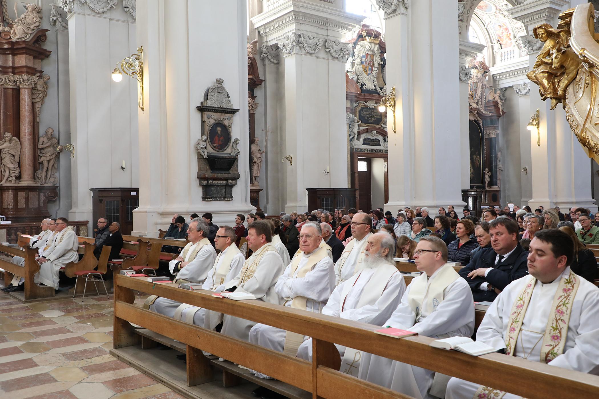 190415_Priesterdiakonentag-Missa-chrismatis_foto3