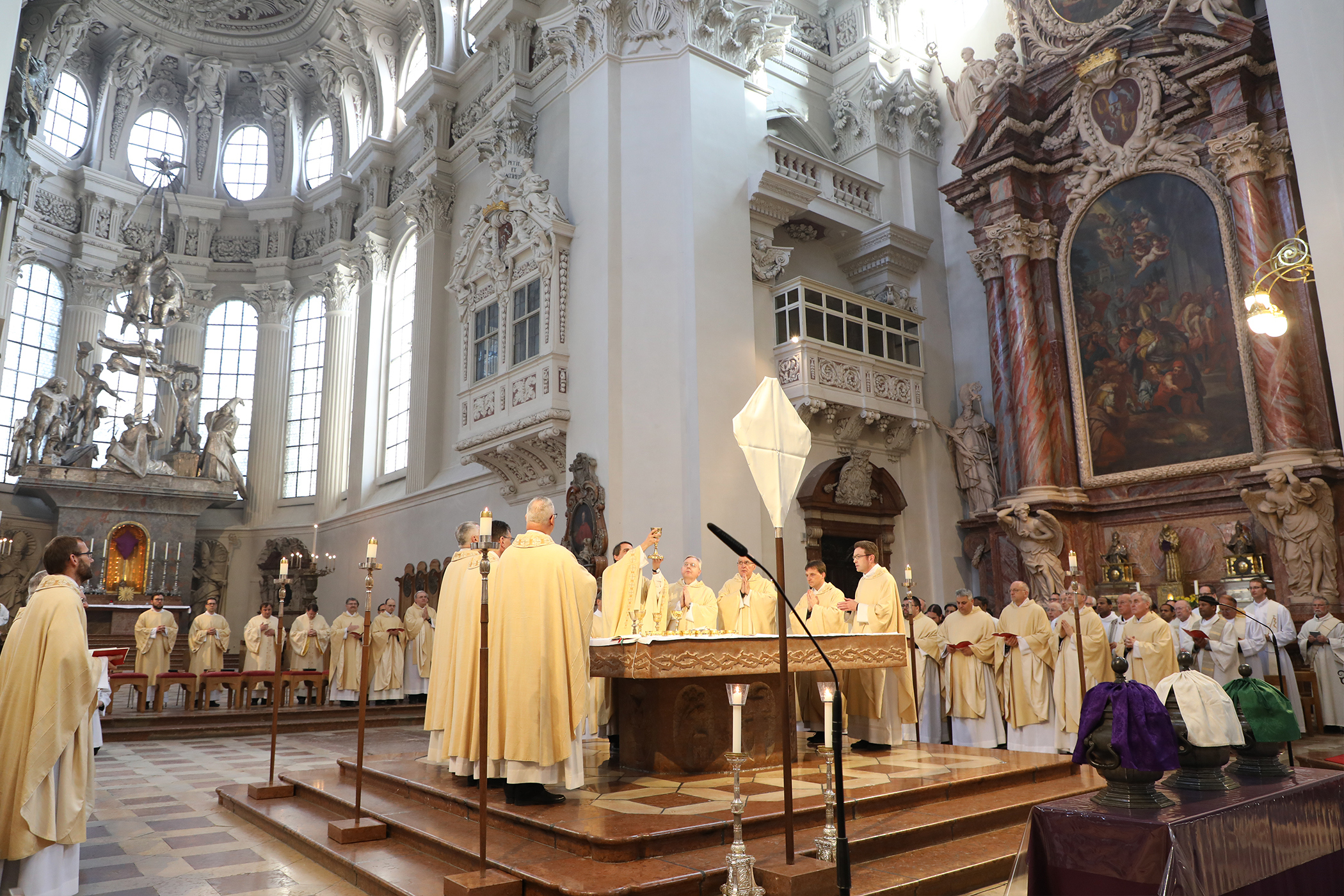 190415_Priesterdiakonentag-Missa-chrismatis_foto4