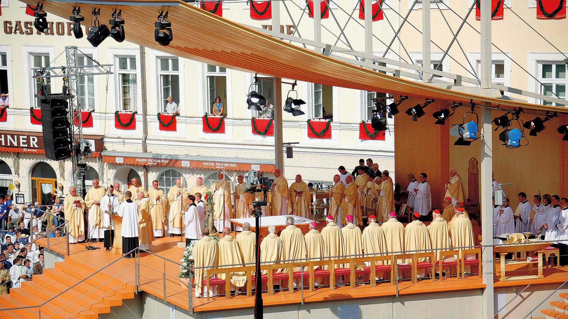 200505 GV Metzl geht Papstbuch1