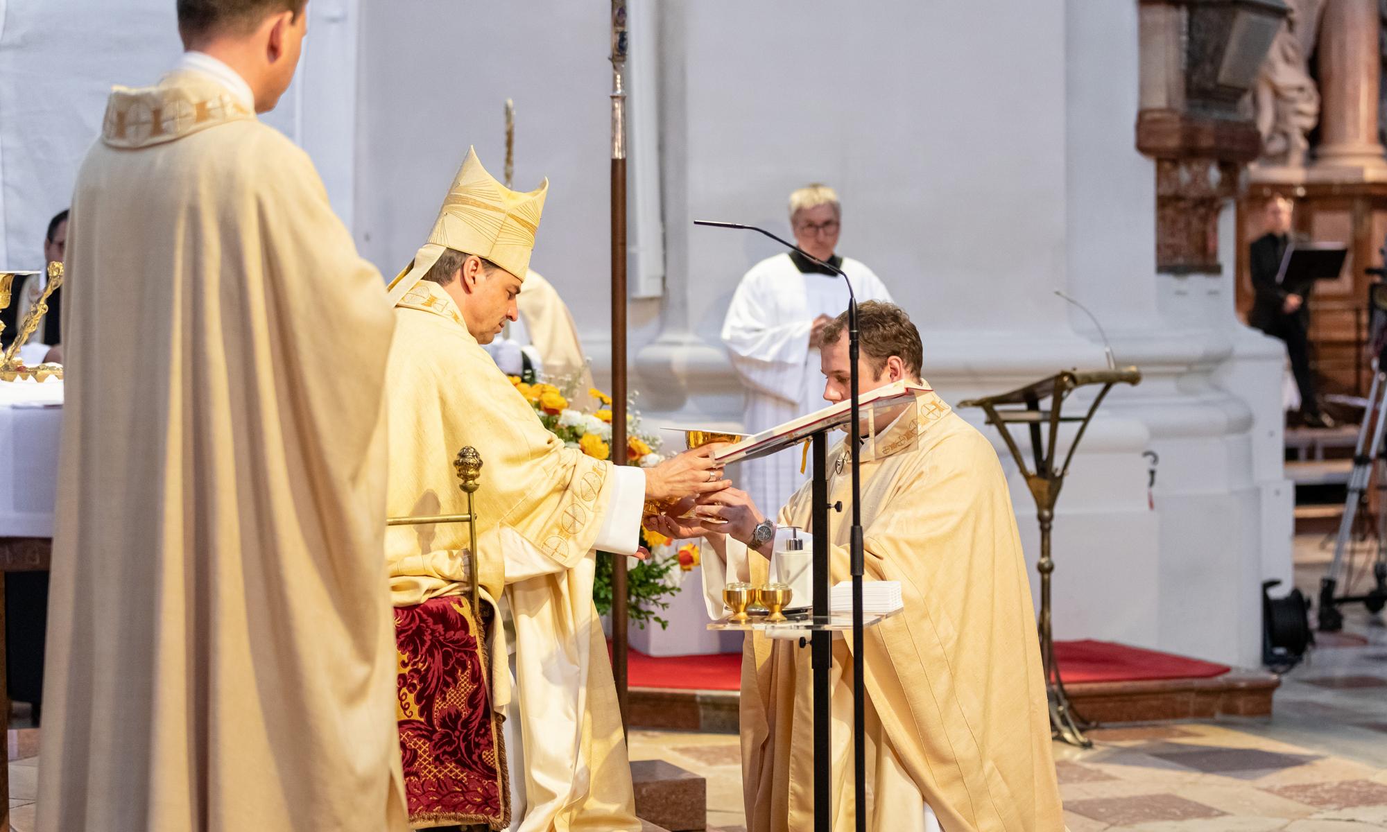 200627 Priesterweihe foto5 Simona Kehl