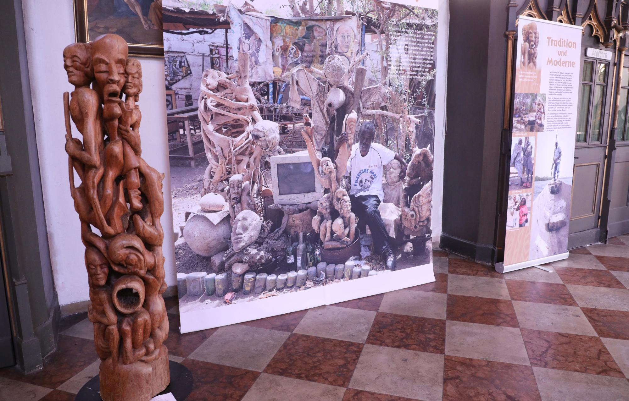 201004 Ausstellung Farben Senegal 25