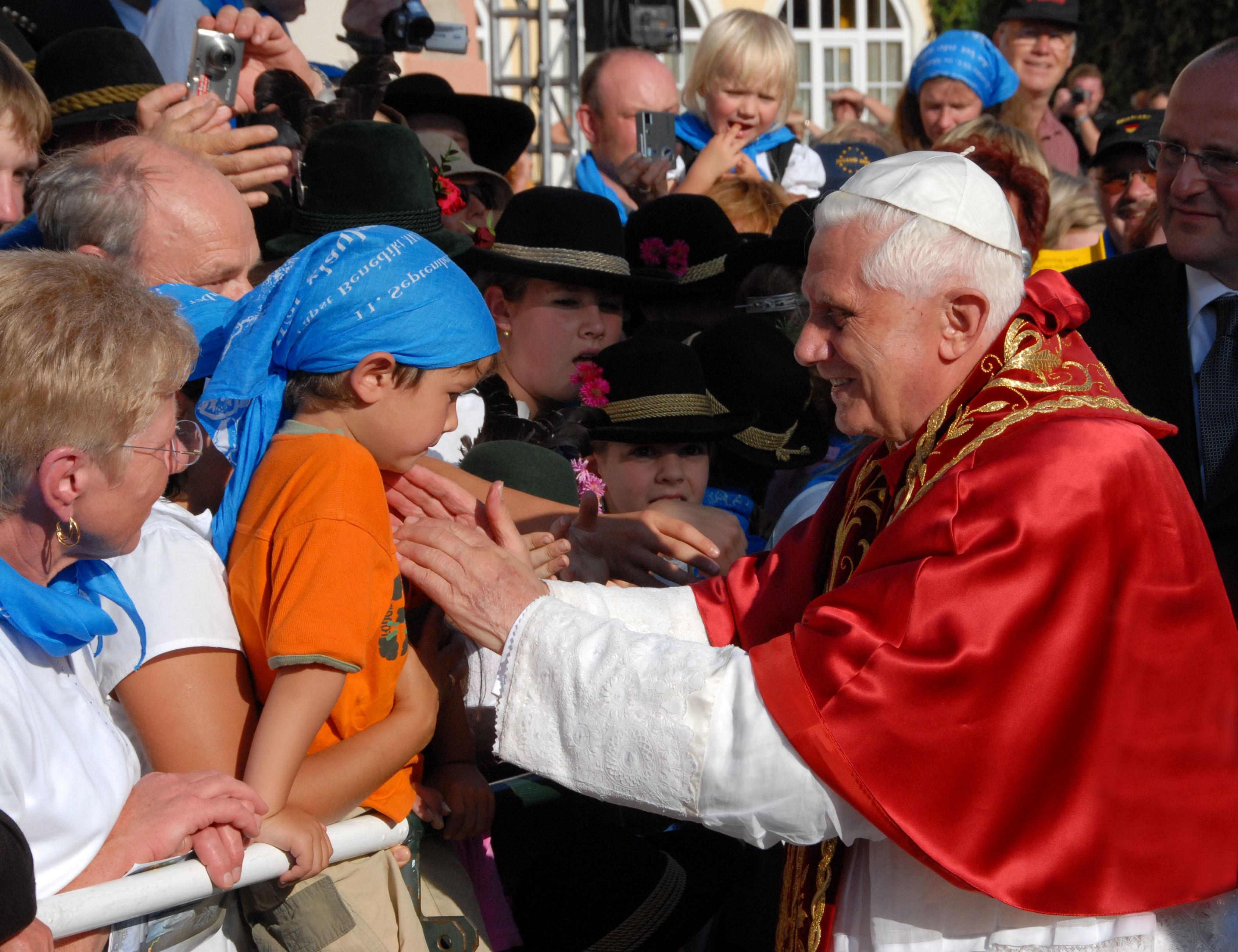 2019 Bistum Und Pfarreien Papst Benediktxvi Lebenslauf Altötting