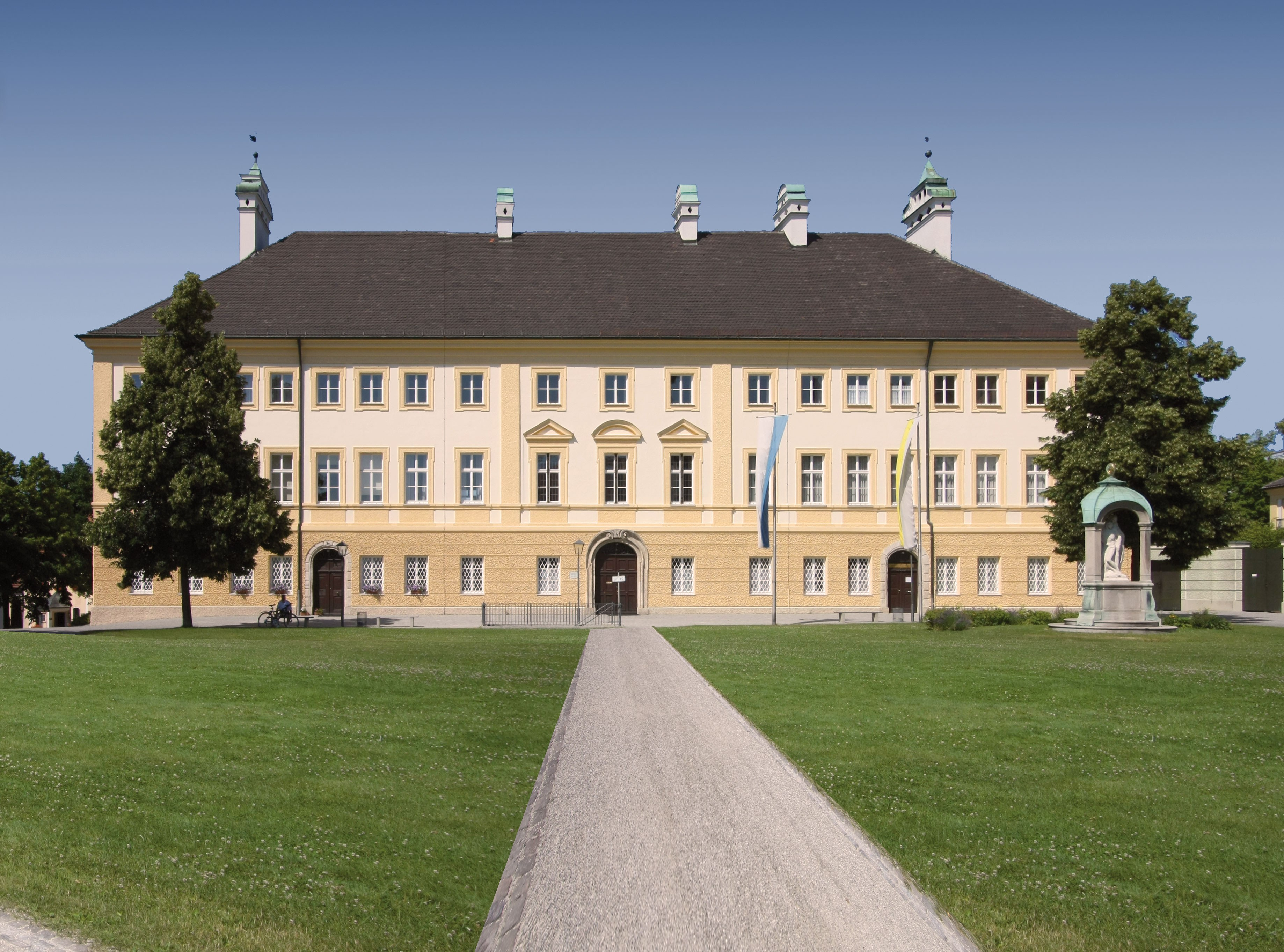 2019 Haus Papst Benedikt  2351