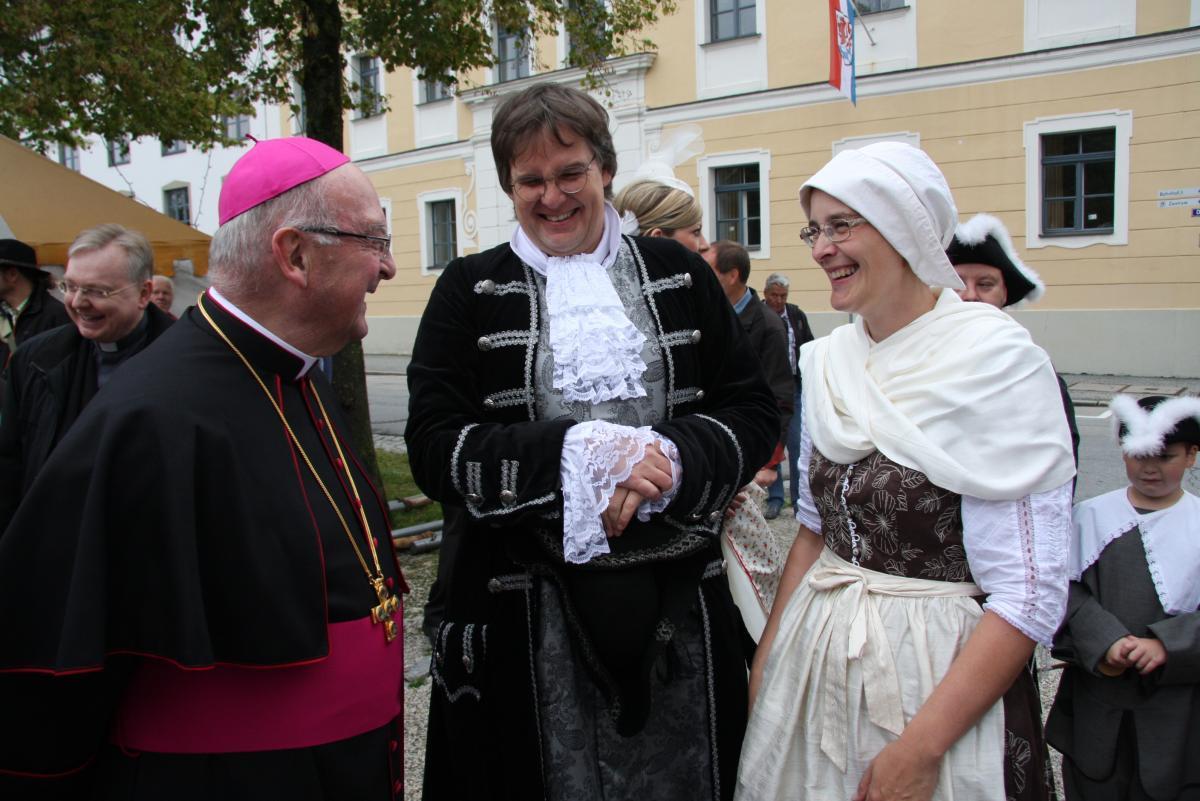 2019-bistum-pfarreien-altbischof-03
