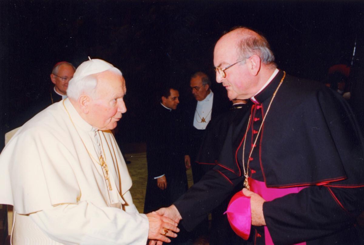 Papst Johannes Paul II und Bischof Schraml