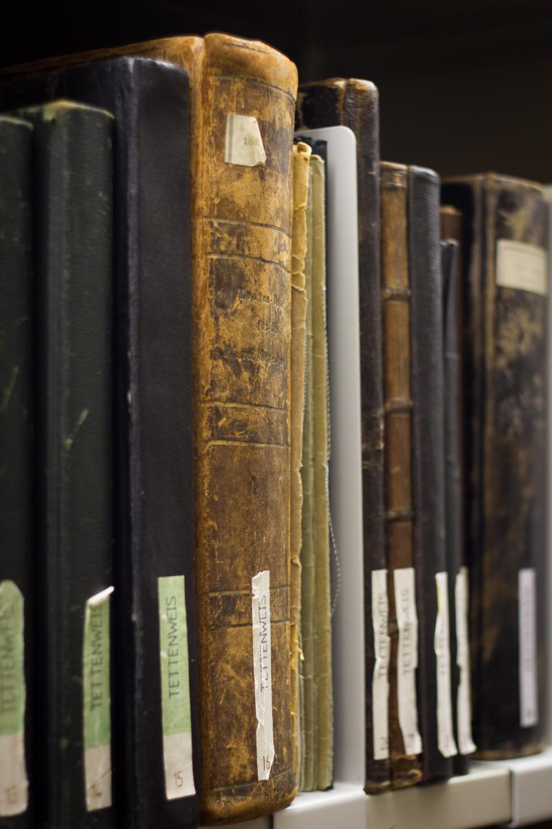 2019 Geschichte Archiv Genealogische Datenbank 01