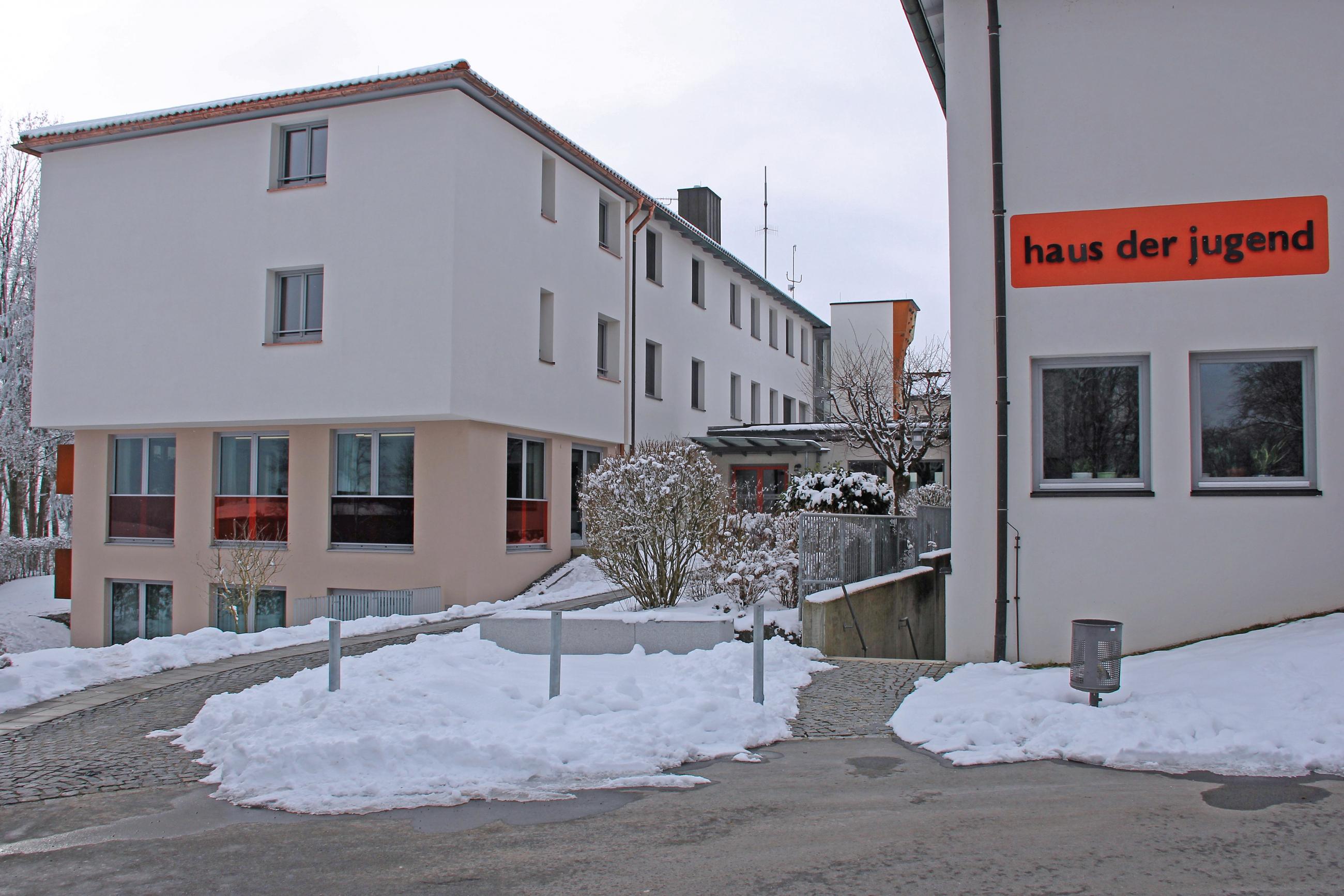 2019 02 News Haus Der Jugend Pa Erweiterung Bb