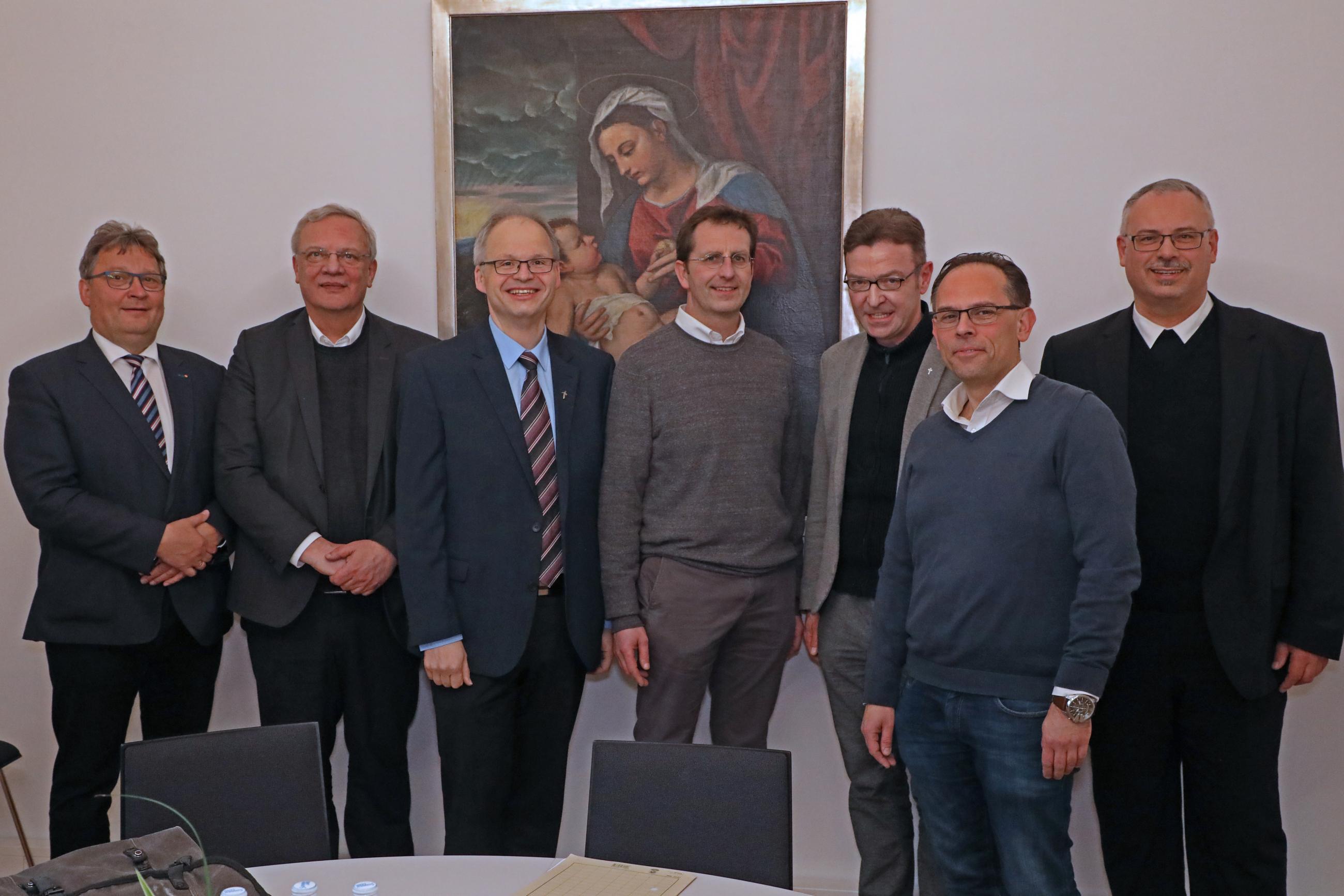 2019_news__Bischöfliche-Kommission-neue-Mitglieder_Gruppe1