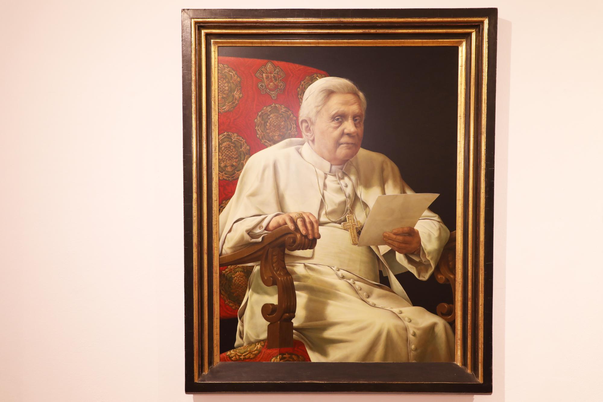210326 Ausstellung Papstgeburtshaus Triegel 6