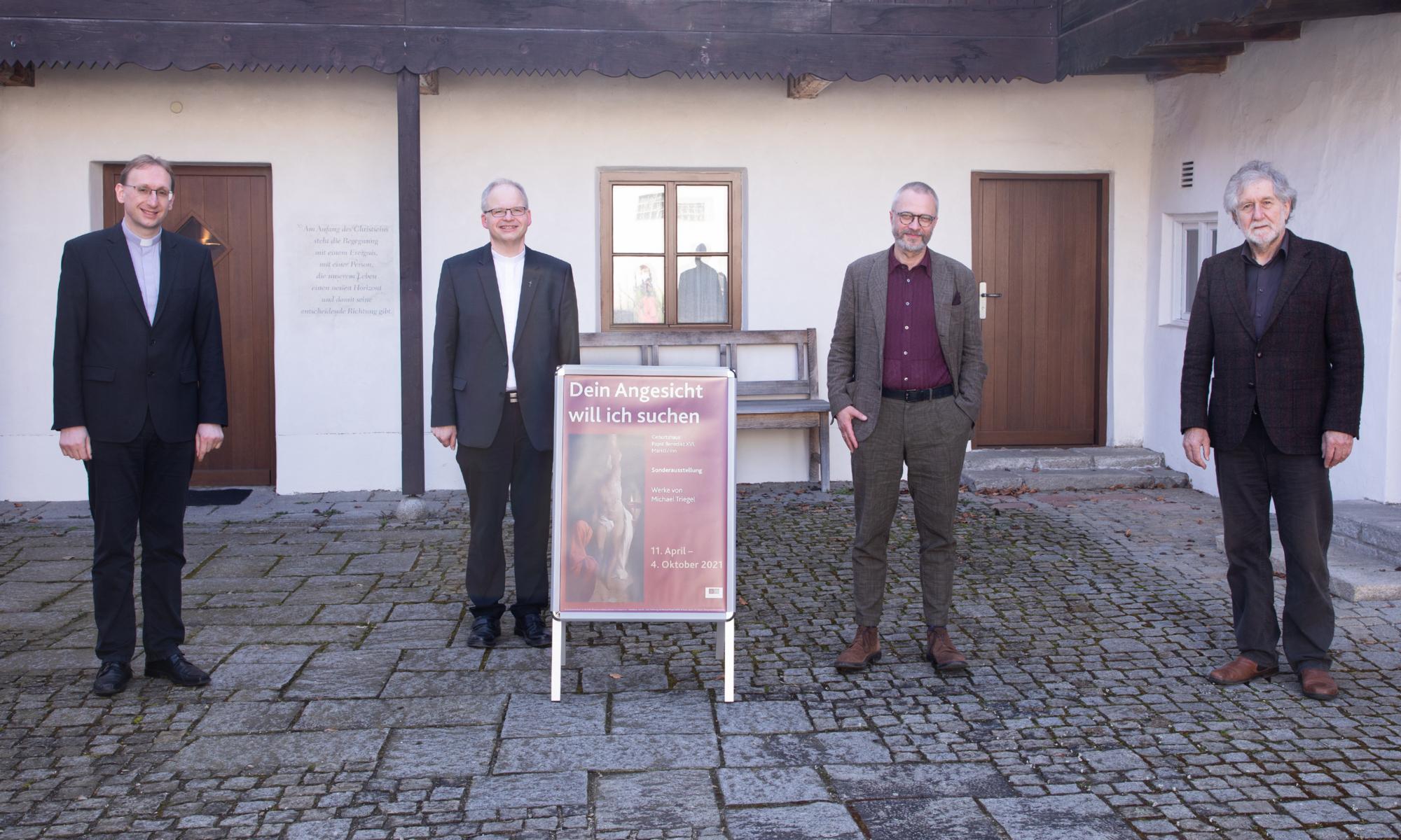 210326 Ausstellung Papstgeburtshaus Triegel 8
