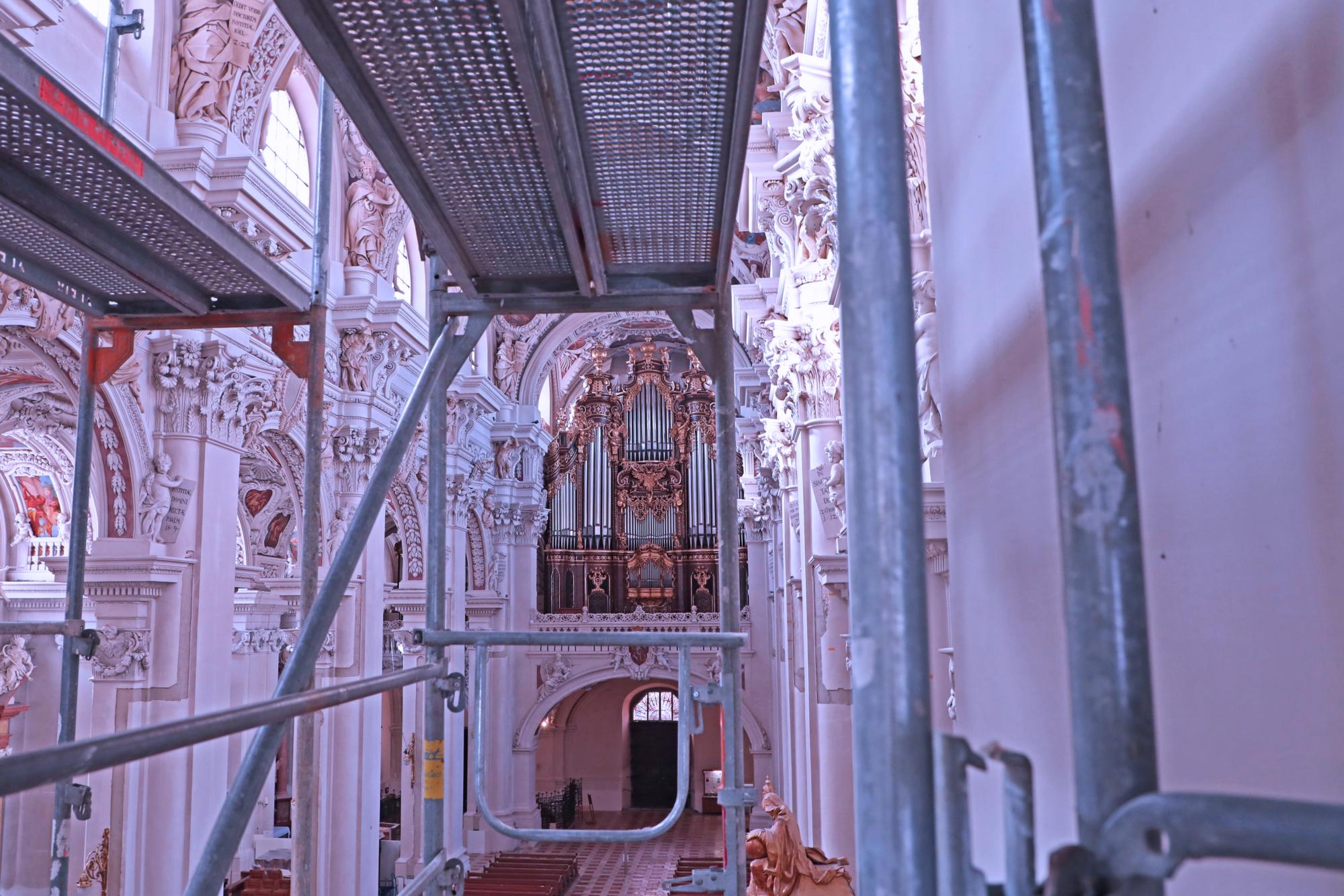 429 A9902 Orgel Gerüst Ausschnitt