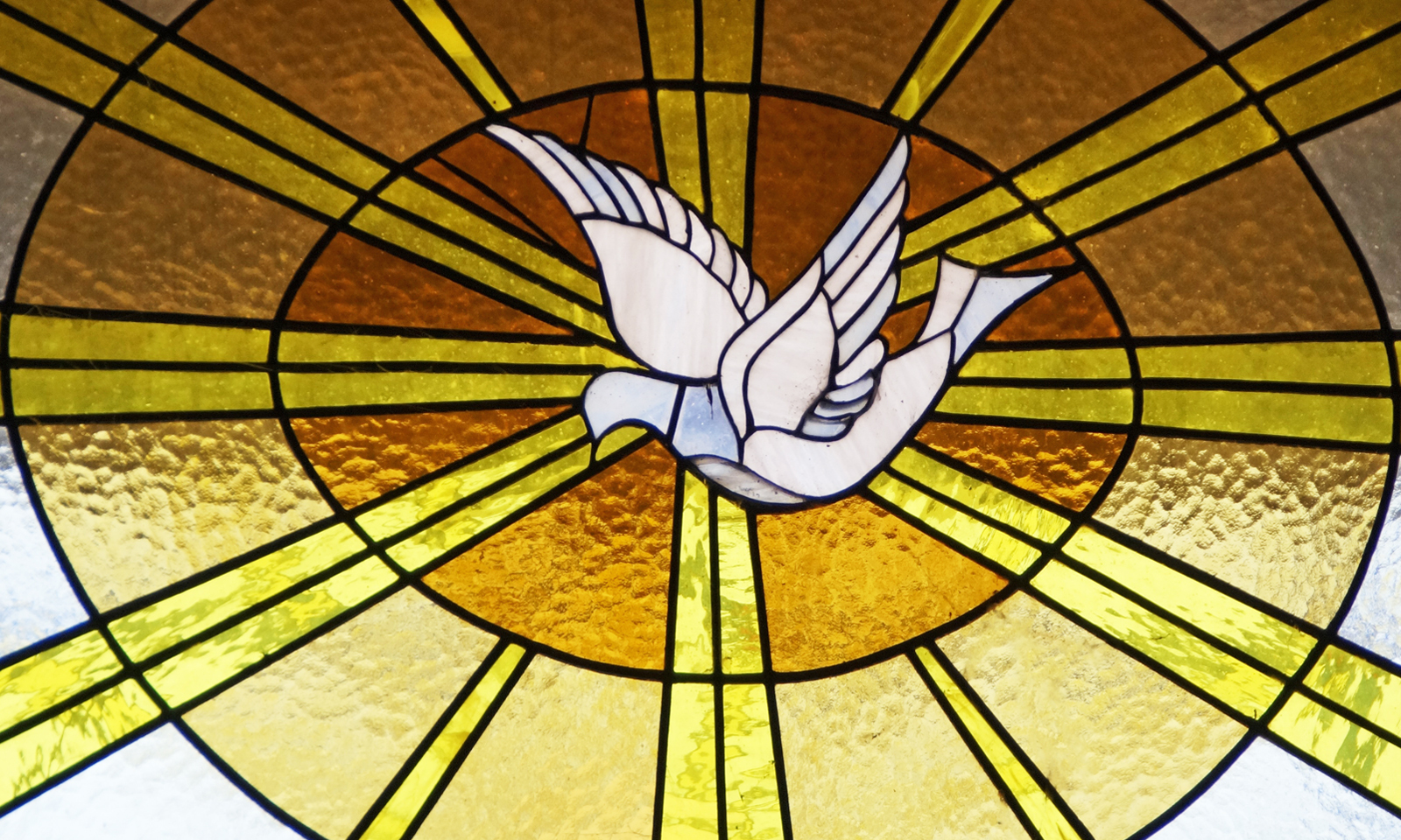 Bild-von-M-W-auf-Pixabay_holy-spirit-2424282_1920