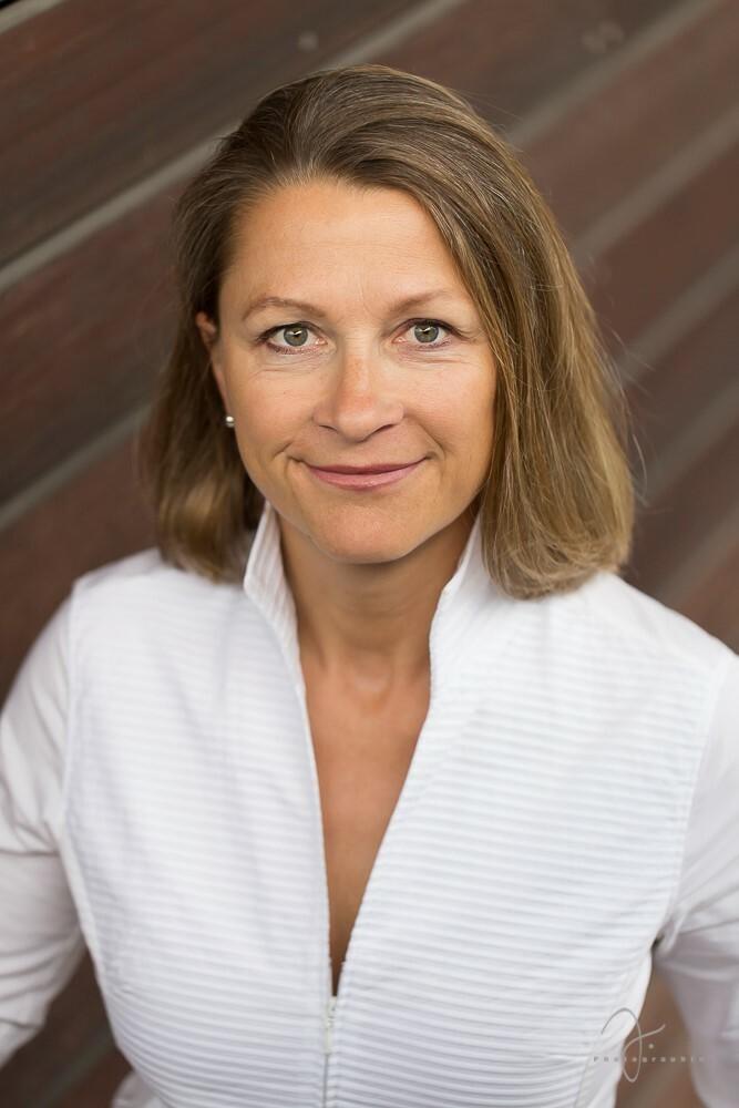 Cornelia Stolze