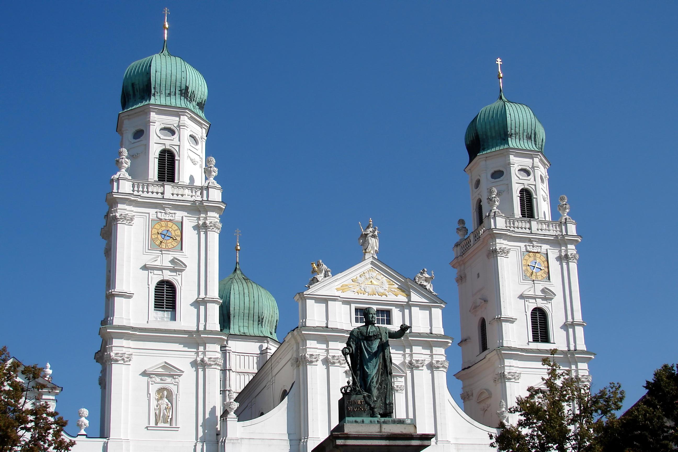 Dom St  Stephan Passau Westfassade 06