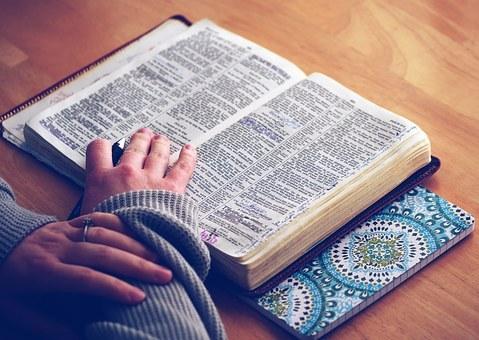 Frau-Bibel