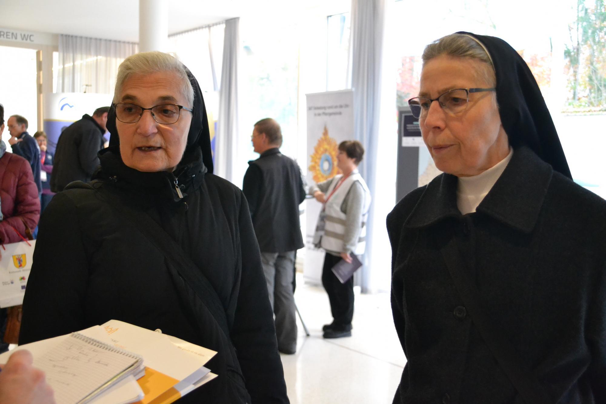 Geschwister-Ruth-und-Elke2