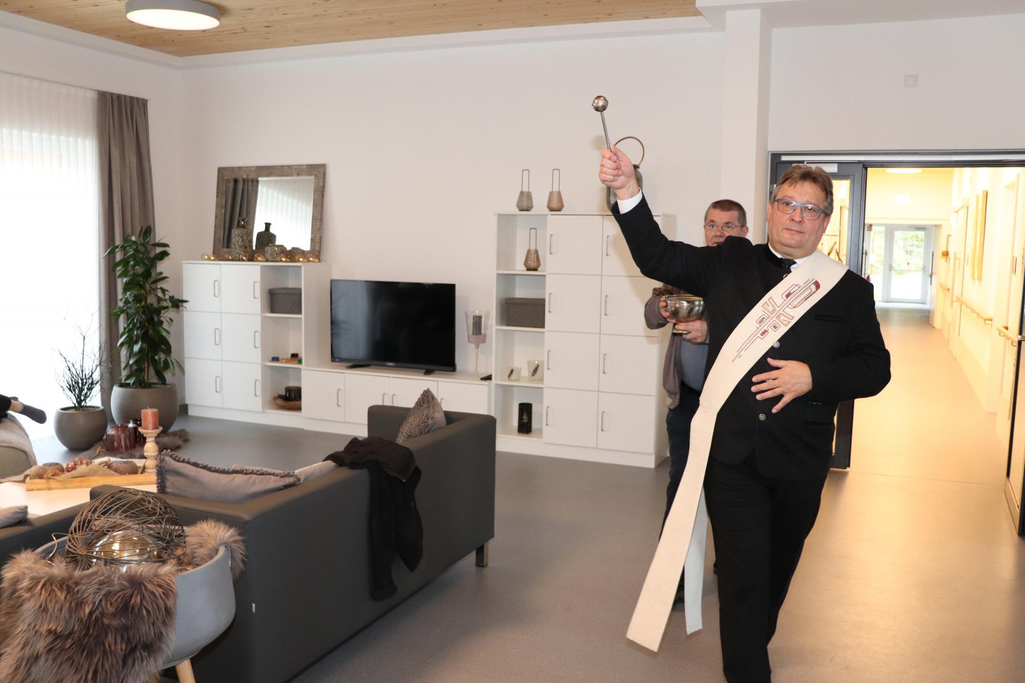 Diakon Niederländer Segnung St. Elisabeth