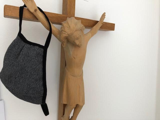 Kreuz Maske