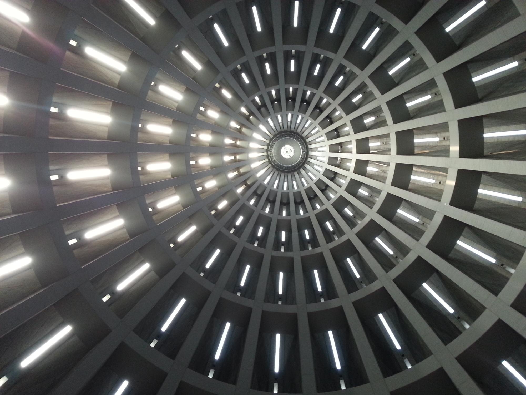 "Kuppel der Basilika ""Madonna delle lacrime"" in Syrakus/Siracusa."