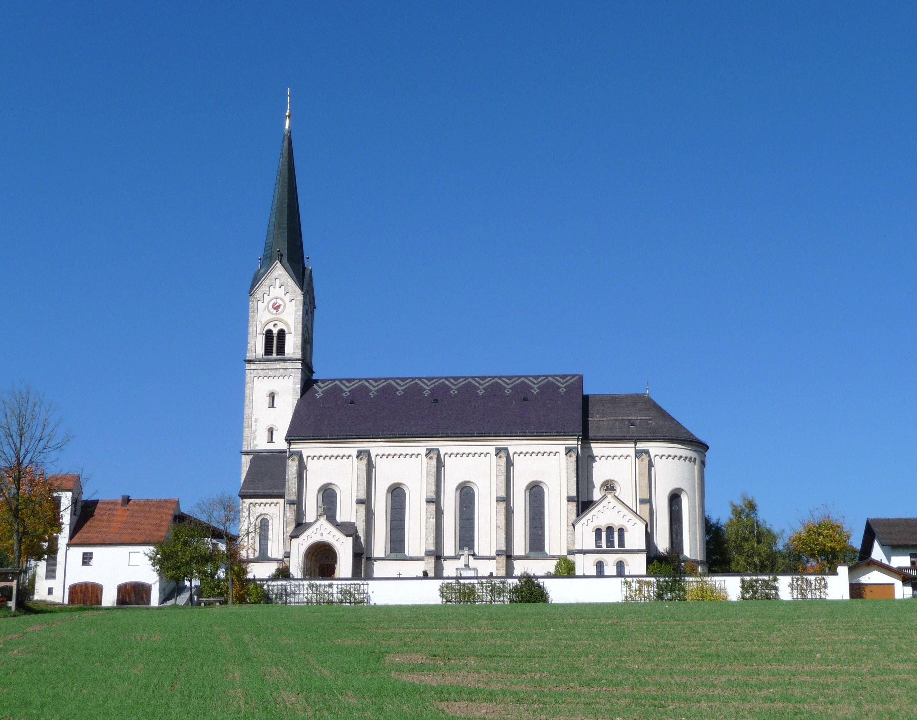 Pfarrkirche Halsbach
