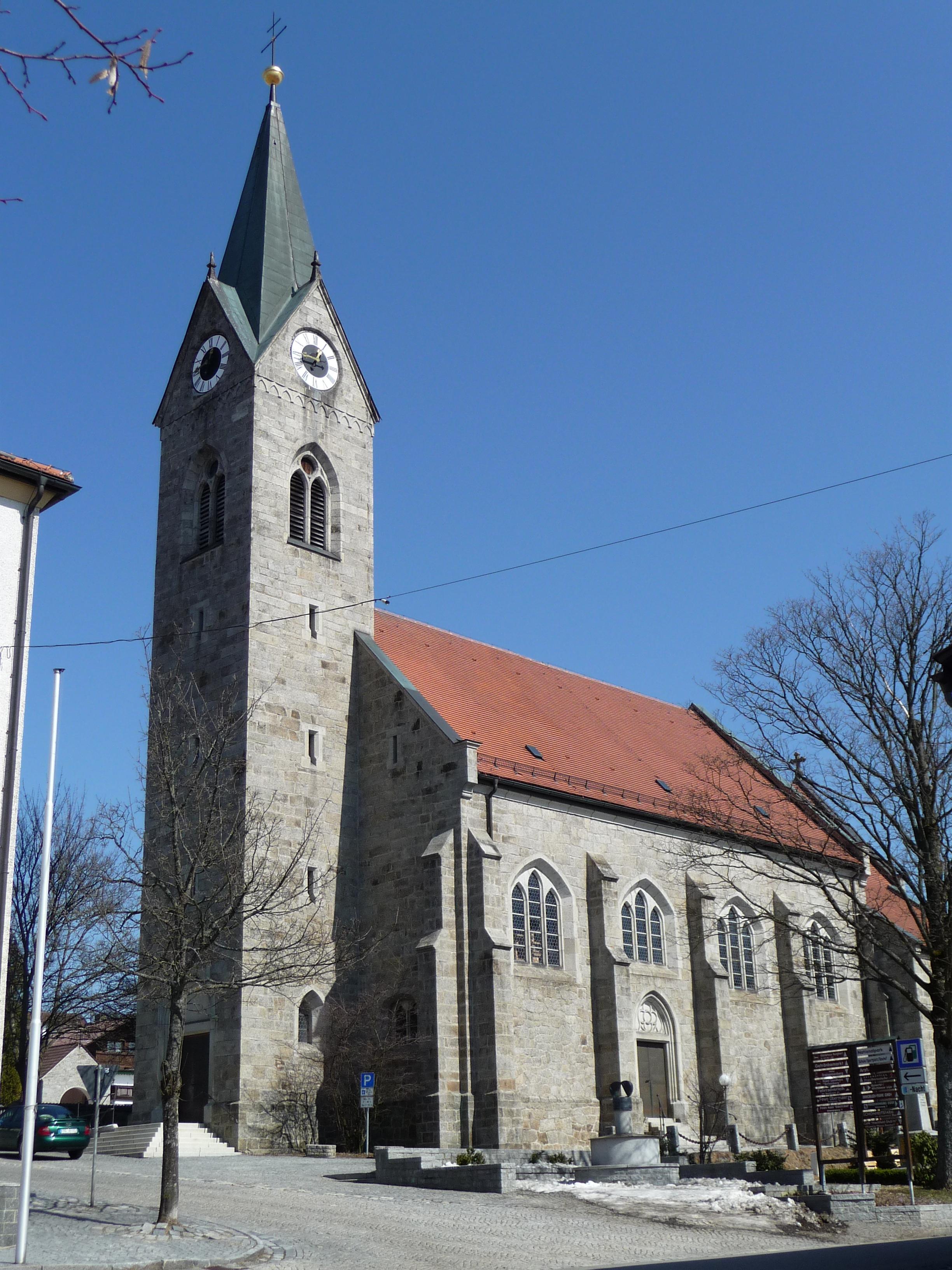 Pfarrkirche Neuschc3B6Nau