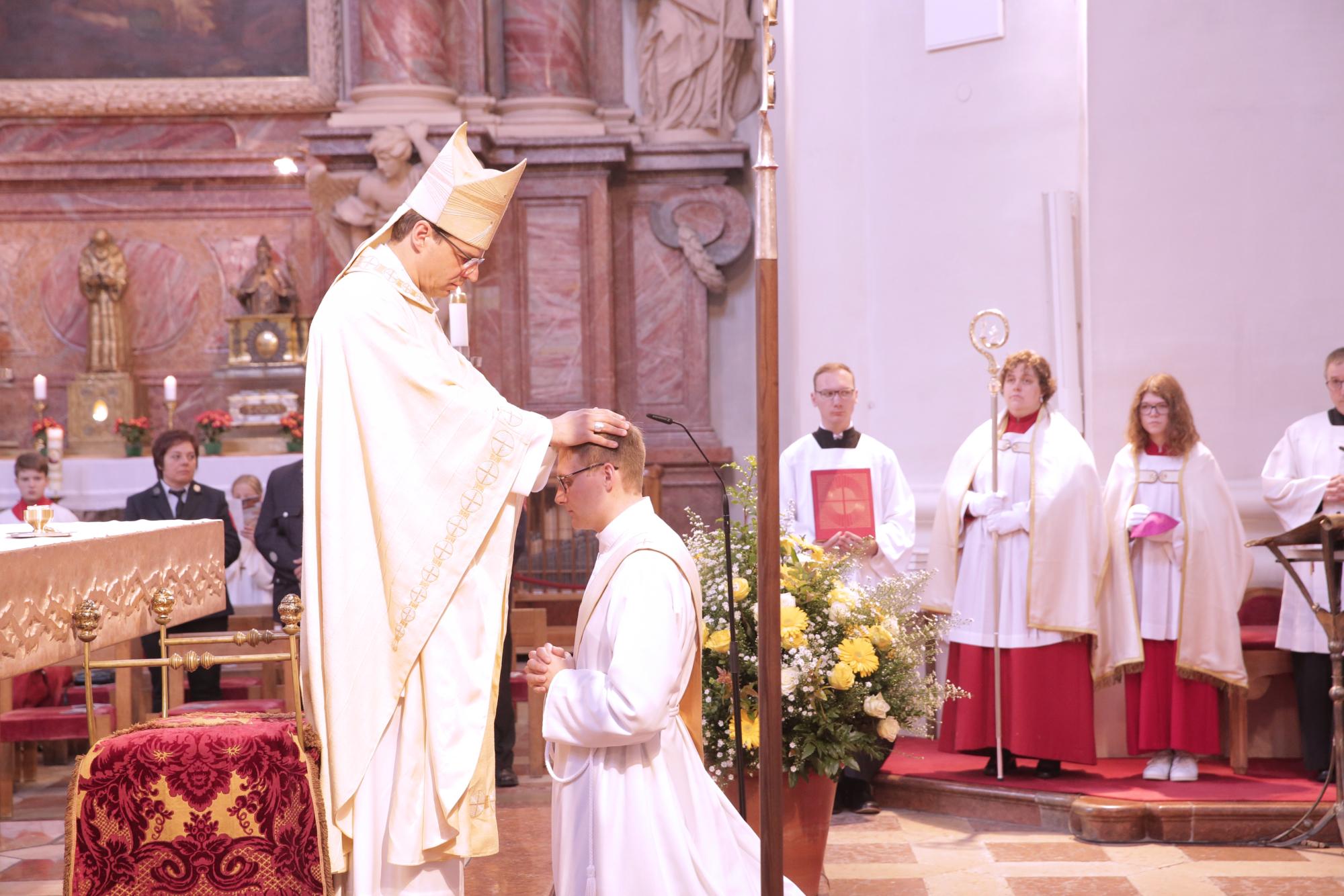 Priesterweihe 2018 neu