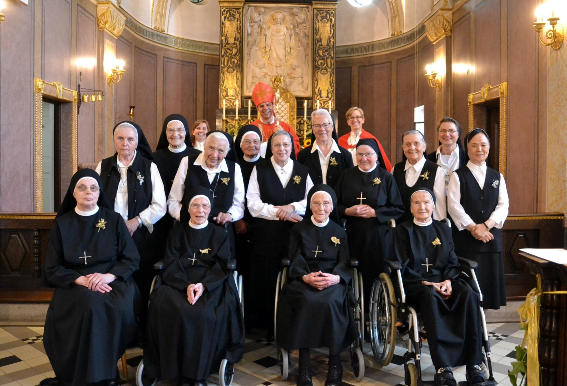Professjubiläen im Provinzhaus Heiligkreuz AÖ mit Bischof Oster 14 08 2020 5
