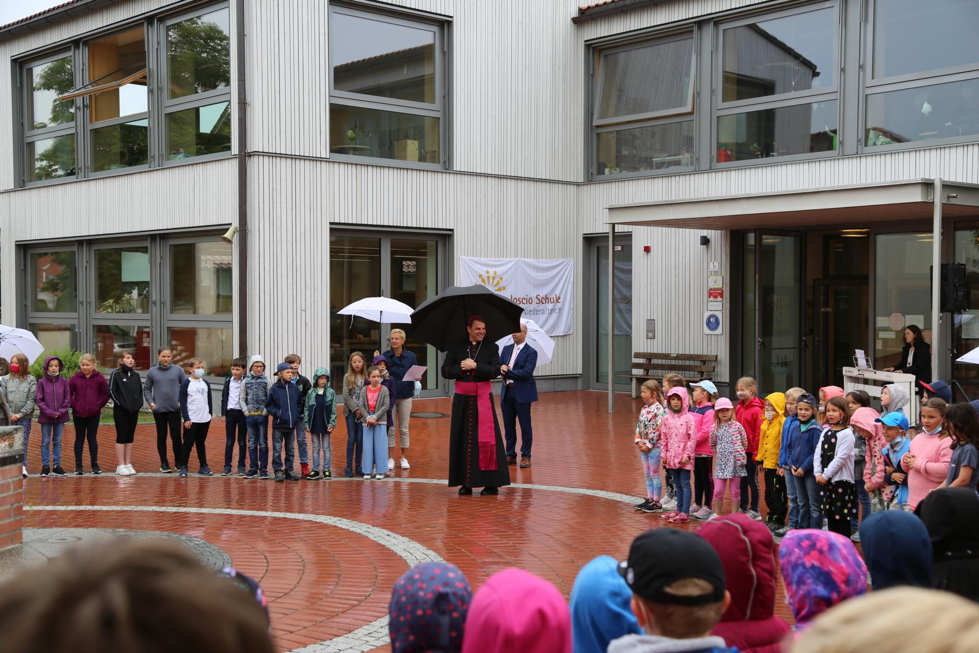Schulbesuch Grundschule Niederalteich