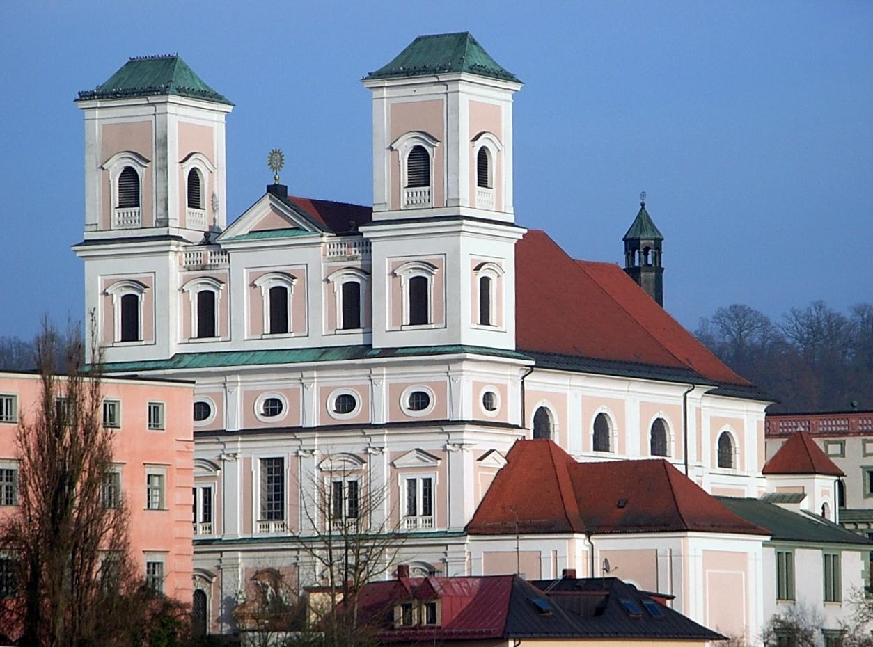 St  Michael Passau 008