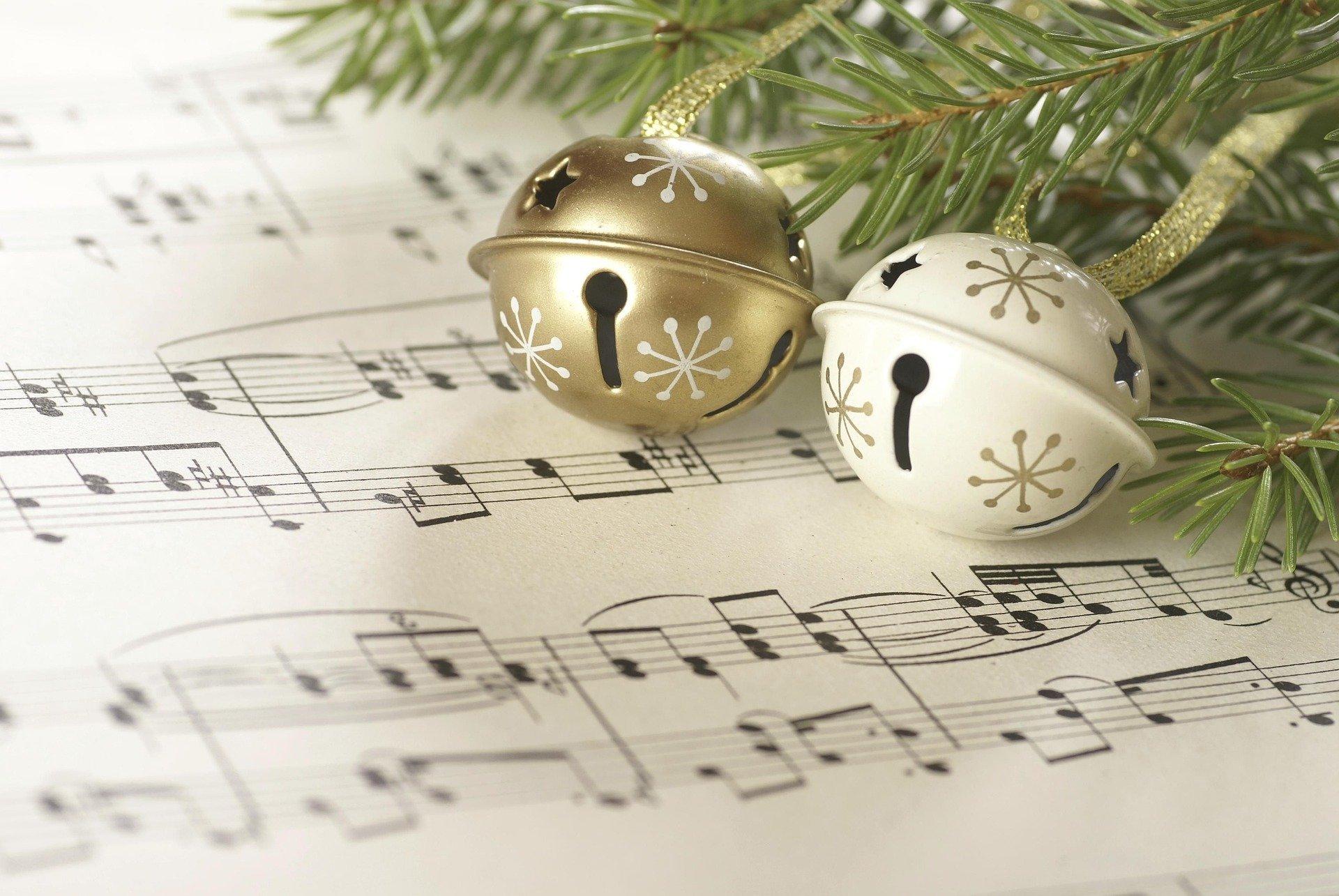 Weihnachten Lieder Islem Benzegouta Pixabay