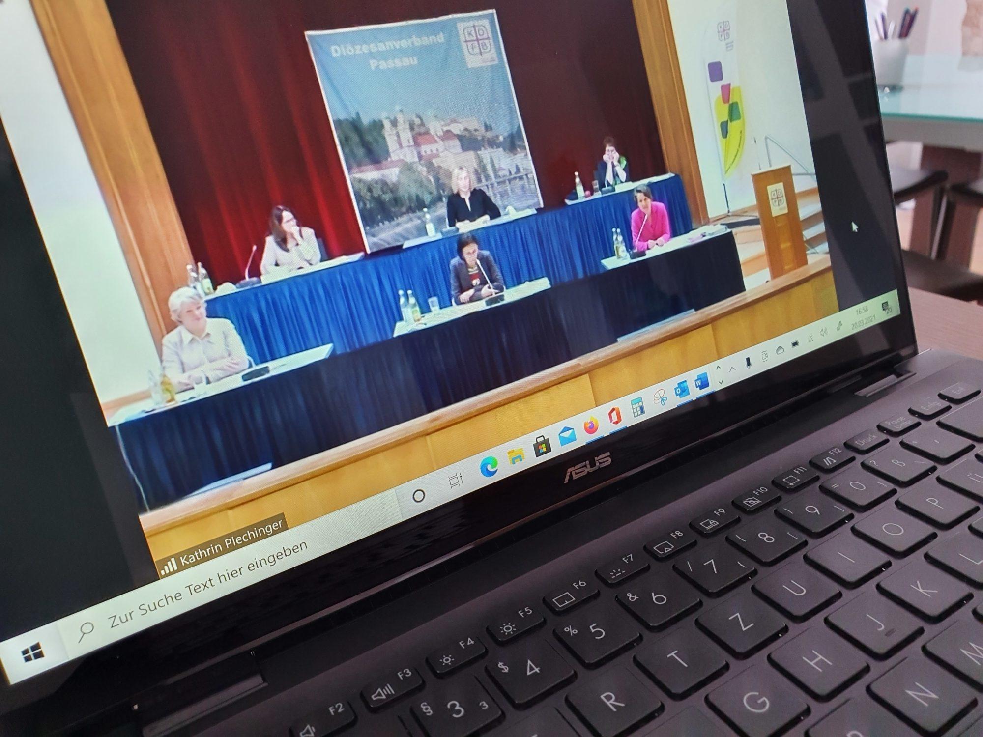 März21 delegiertenversammlung2