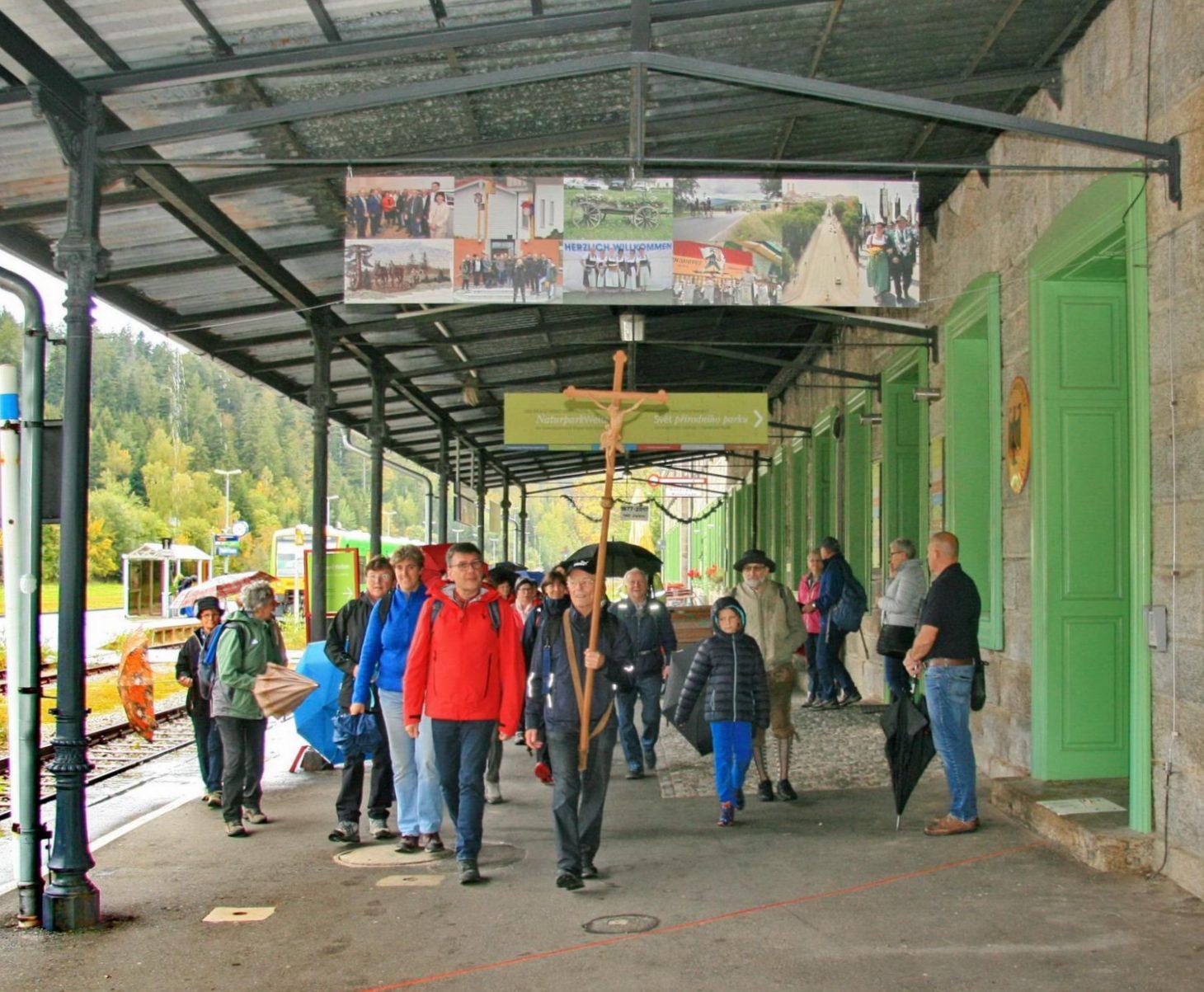 News_2019_Annawallfahrt-2019-Grenzbahnhof-GHaller-r