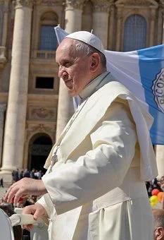 Pope francis 2707203 340 pixabay
