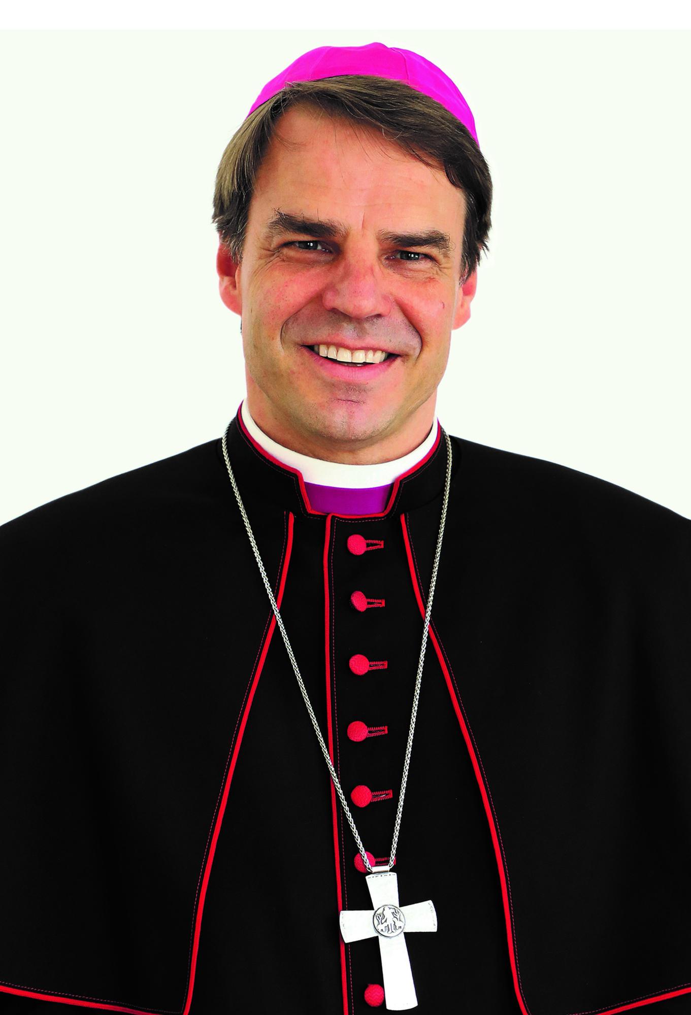 Bischof Dr. Stefan Oster SDB S02 oster PB