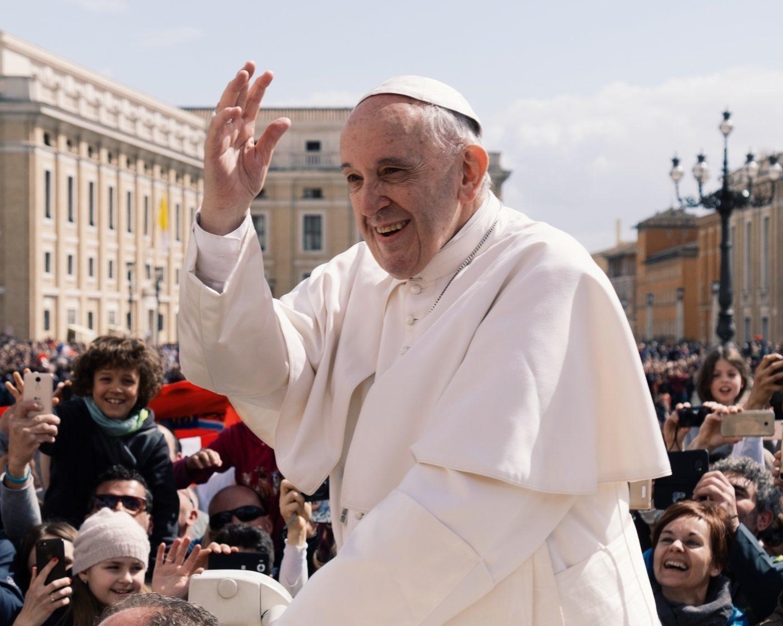 Ashwin vaswani unsplash - Papst