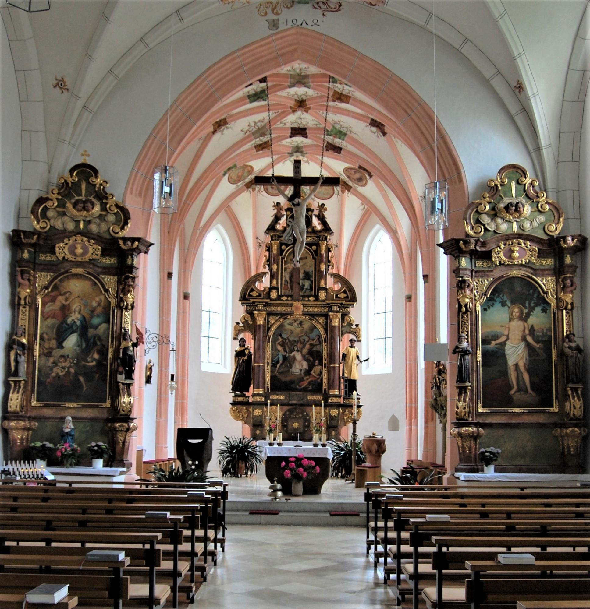 bistumsblatt-baukollektiv-pfarrkirche-sulzbach-am-inn-innenansicht.jpg