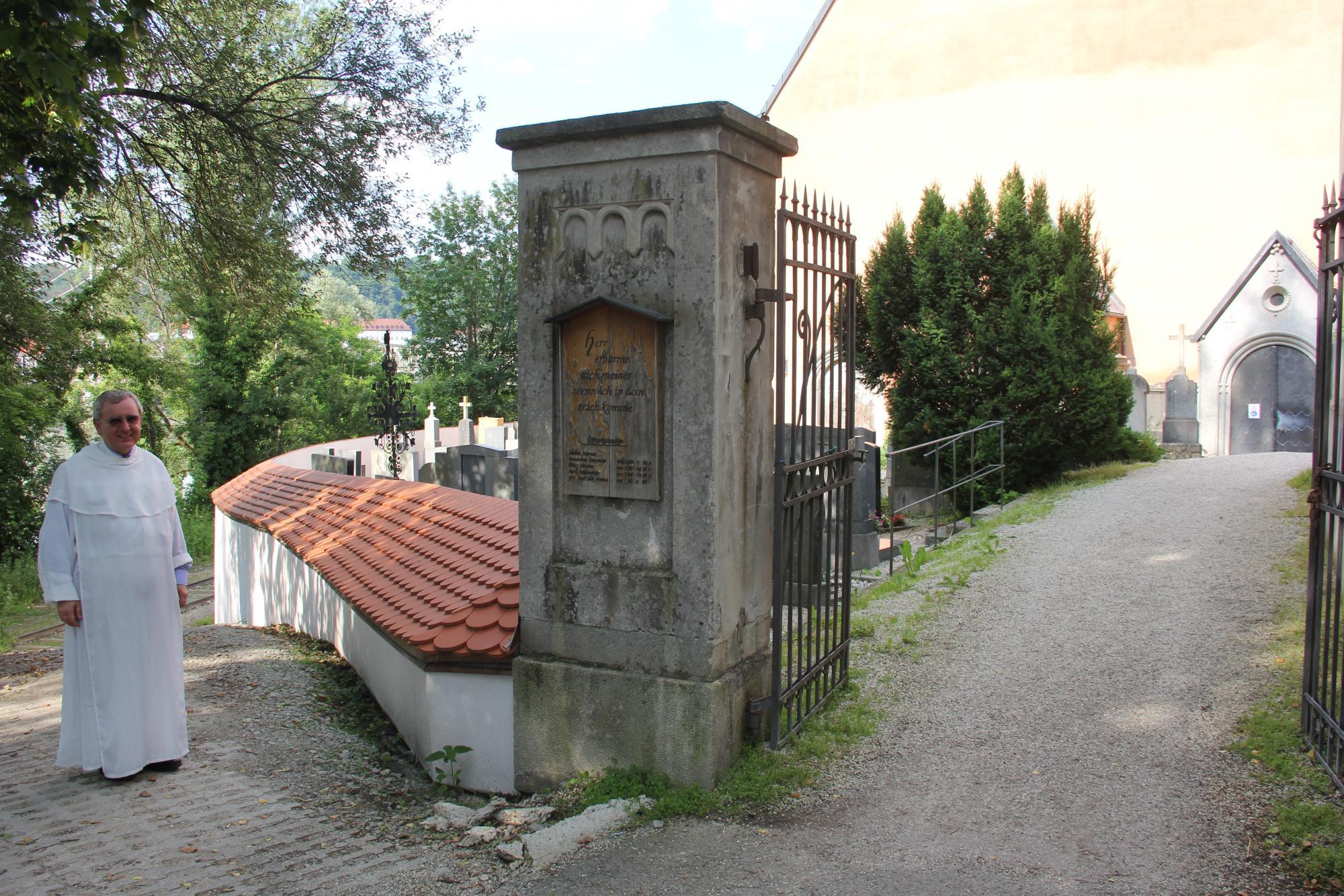 Baukollektiv Sanierung Friedhofsmauer PA Innstadt 05 07 2020 13