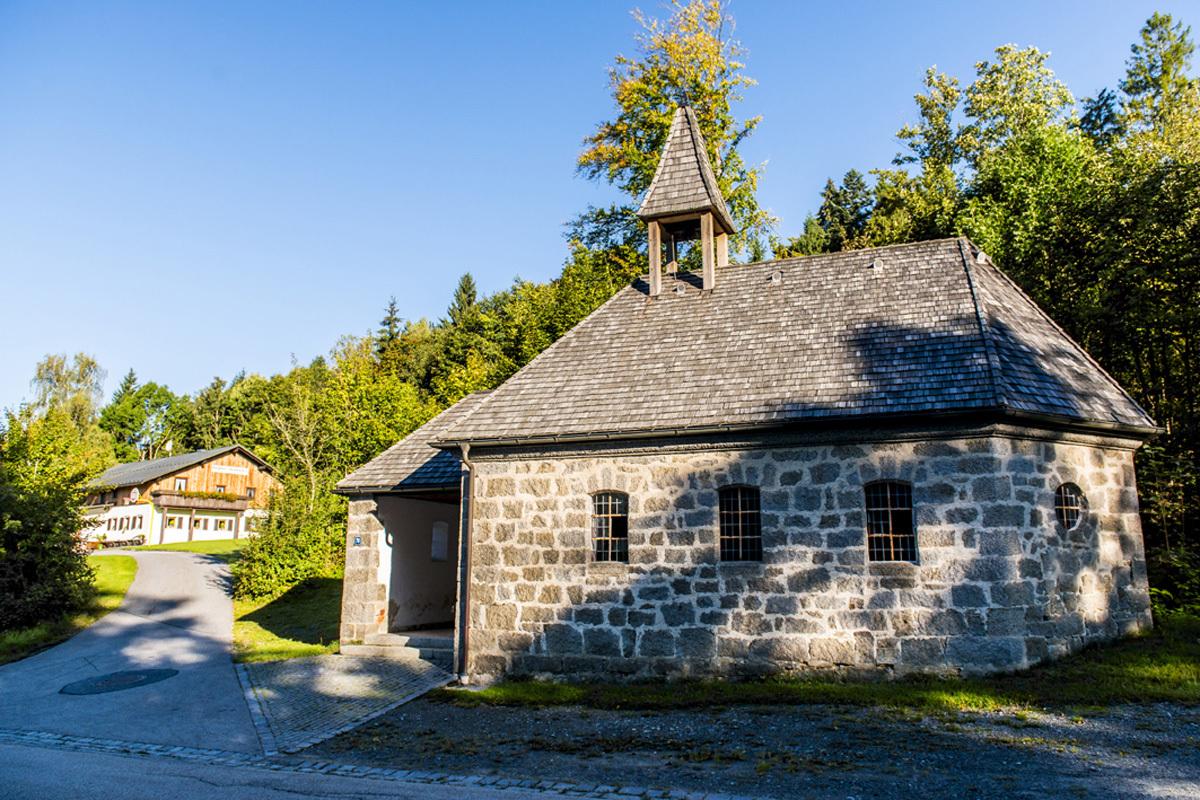 Bergheim Riedelsbach Haus und Kapelle