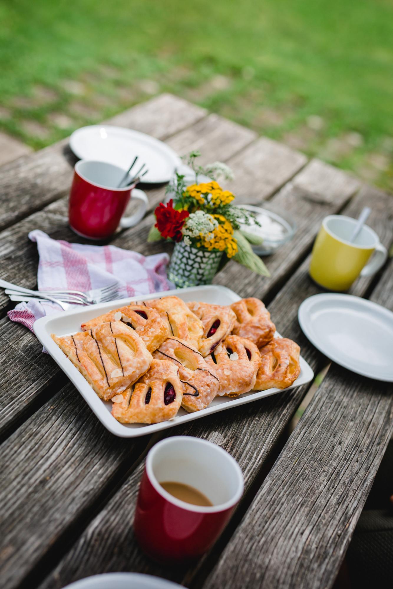 Jugendhaus Dornach Nachmittagskaffee und Kuchen