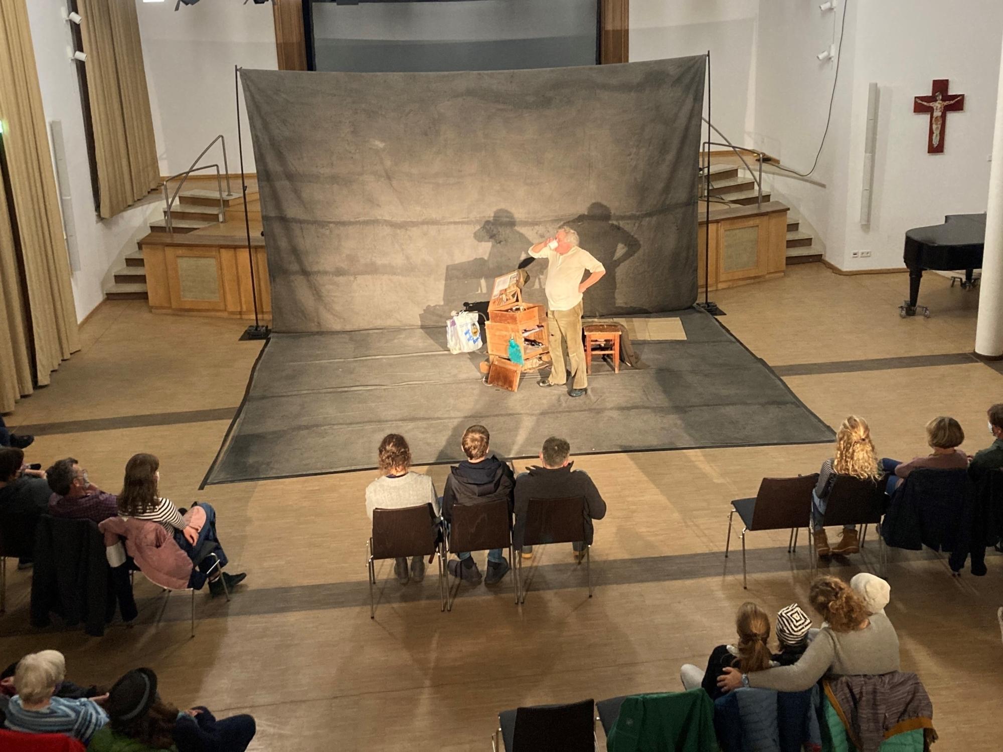 Theater Nebensache Roos