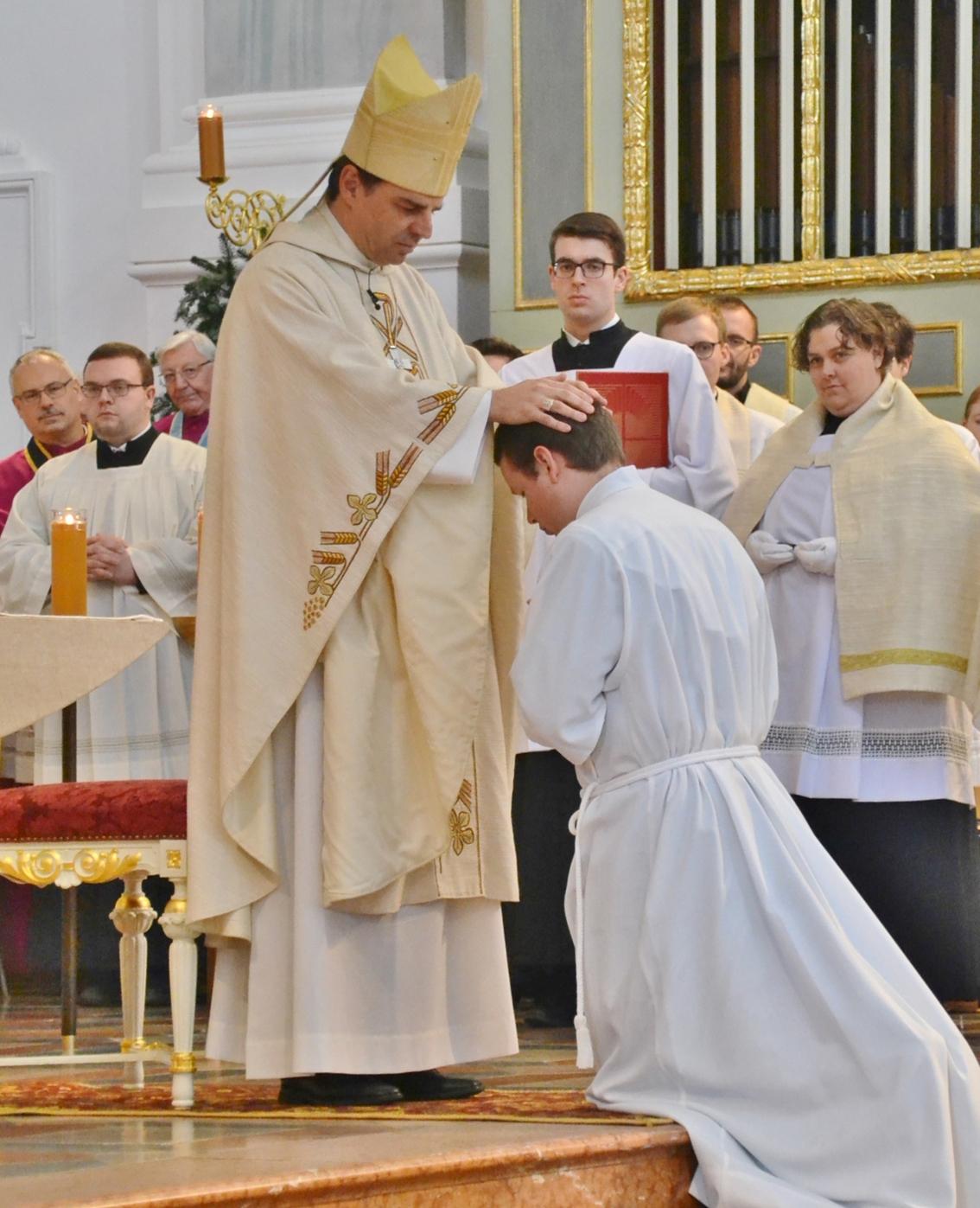 2019 12 altoetting lfb diakonenweihe1