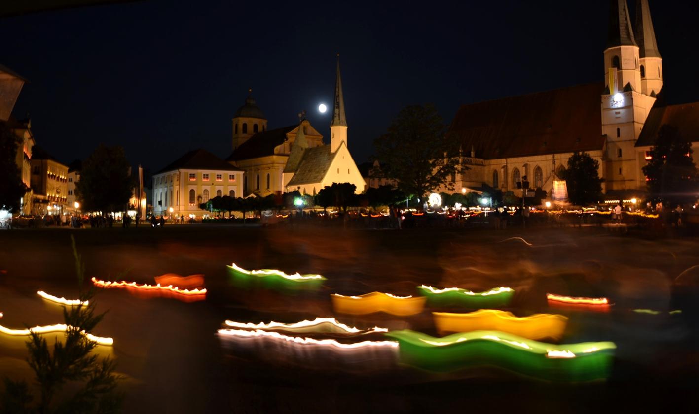 2019-lichterprozession-altoetting-festtag-mariae-himmelfahrt
