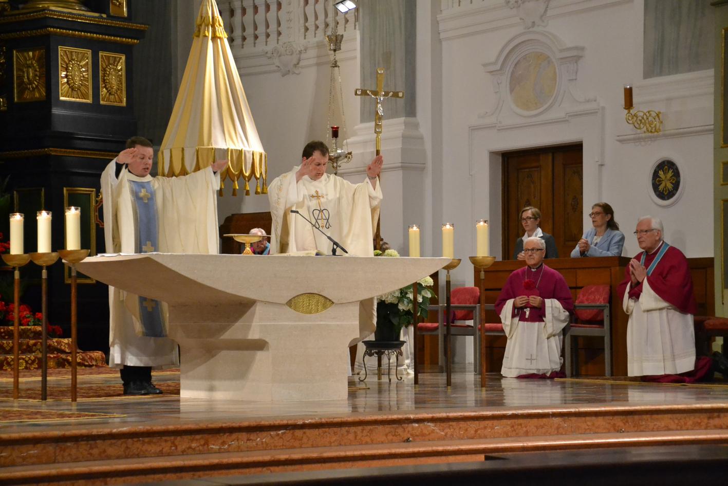 2020 07 03 neupriester in altoetting dankwallfahrt2