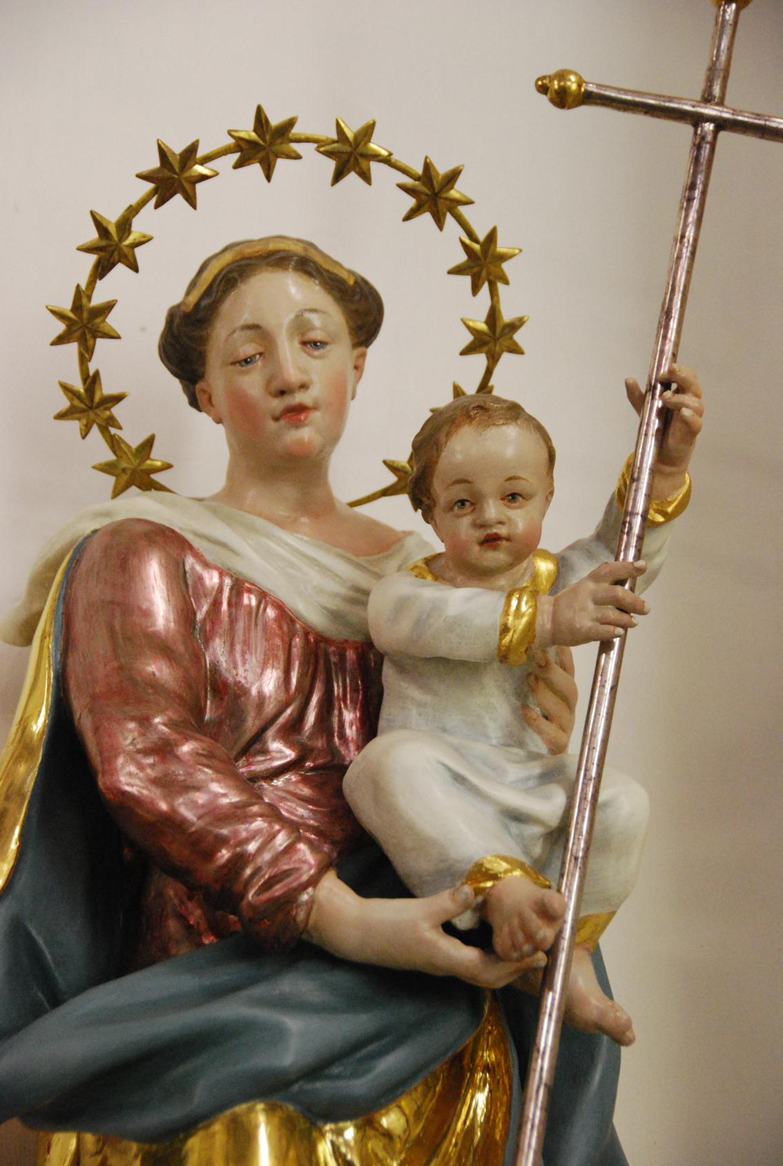 2020 08 03 aoelfb madonna institutskirche cj altoetting