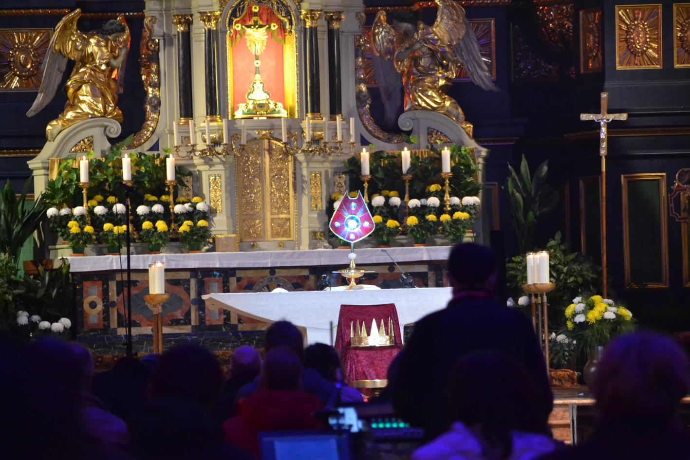 2020 11 22 aoelfb koenigsfest eucharistische anbetung5