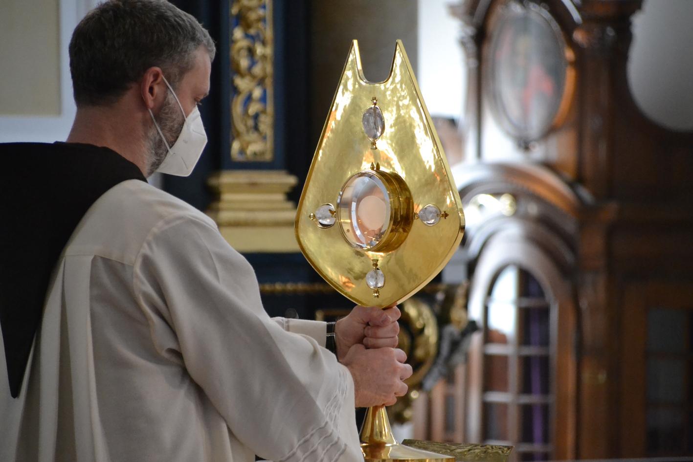 2021 02 22 aoelfb eucharistisches stundengebet 2021 kapuziner altoetting11