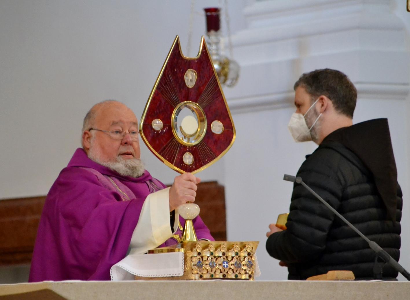2021 02 22 aoelfb eucharistisches stundengebet 2021 kapuziner altoetting8