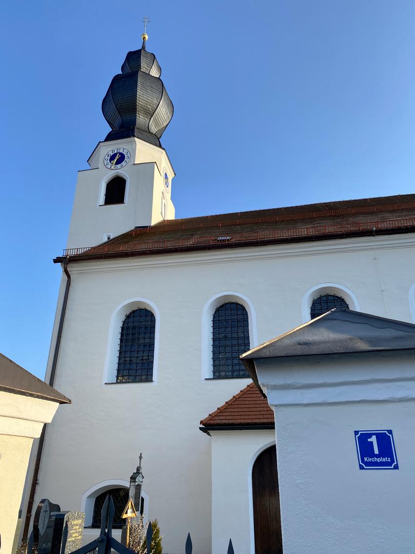 2021 05 17 aoelfb niedergottsau kirche mariae himmelfahrt aussen2
